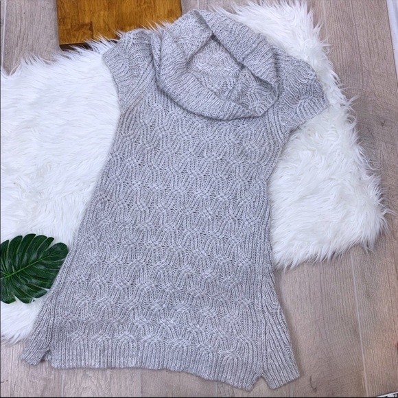 Worthington Dresses & Skirts - Worthington Cowlneck Short Sleeve Sweater Dress